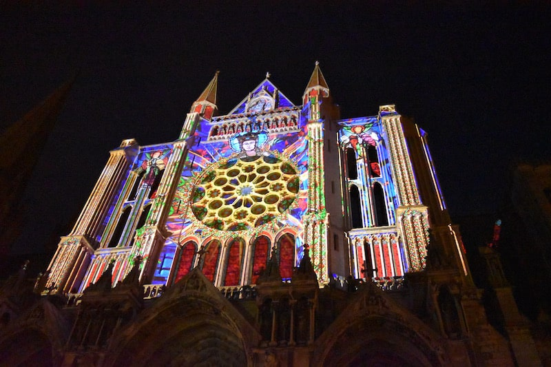 Chartres - cathedral in lights_4