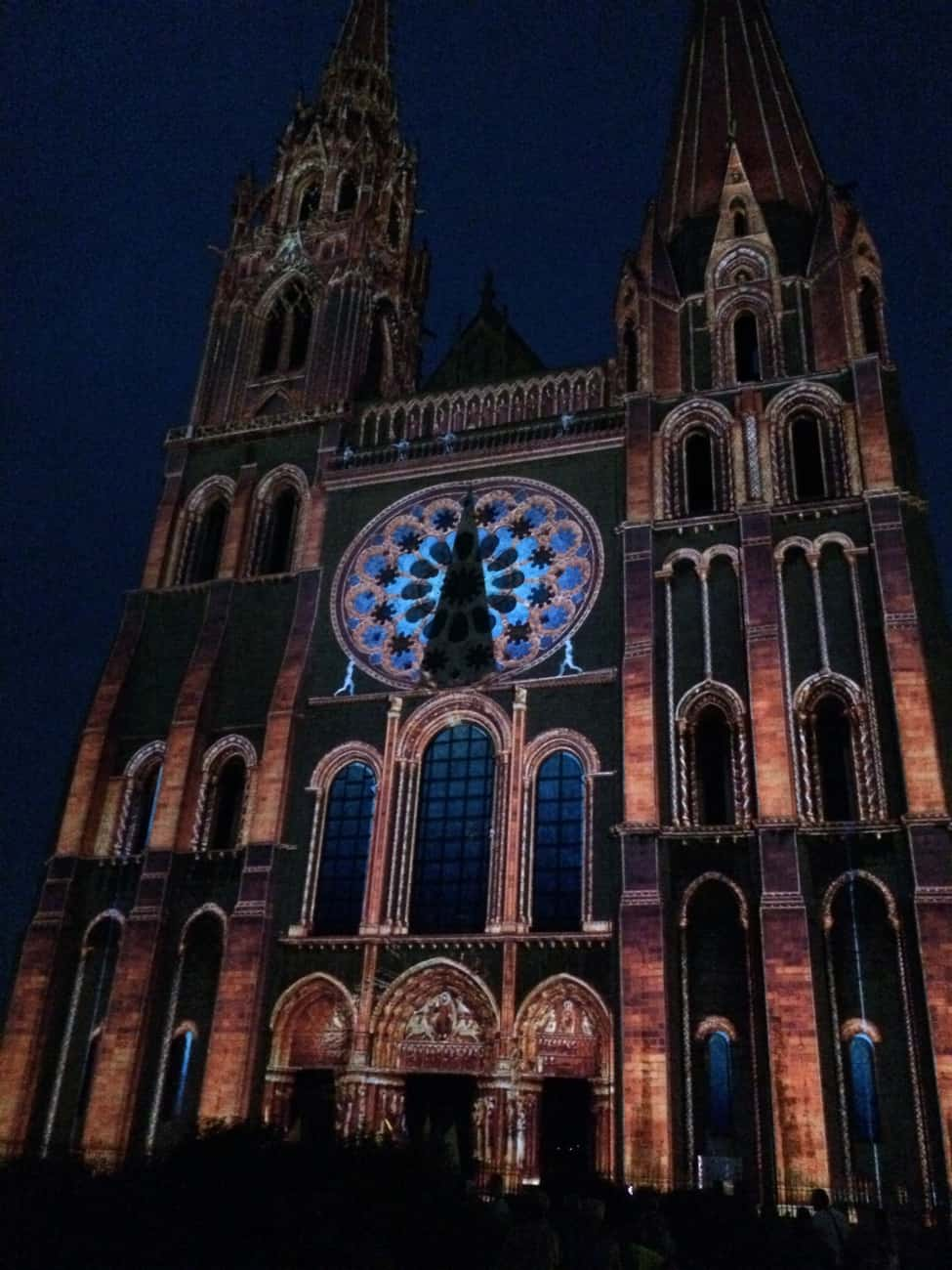 Chartres - cathedral in lights_3