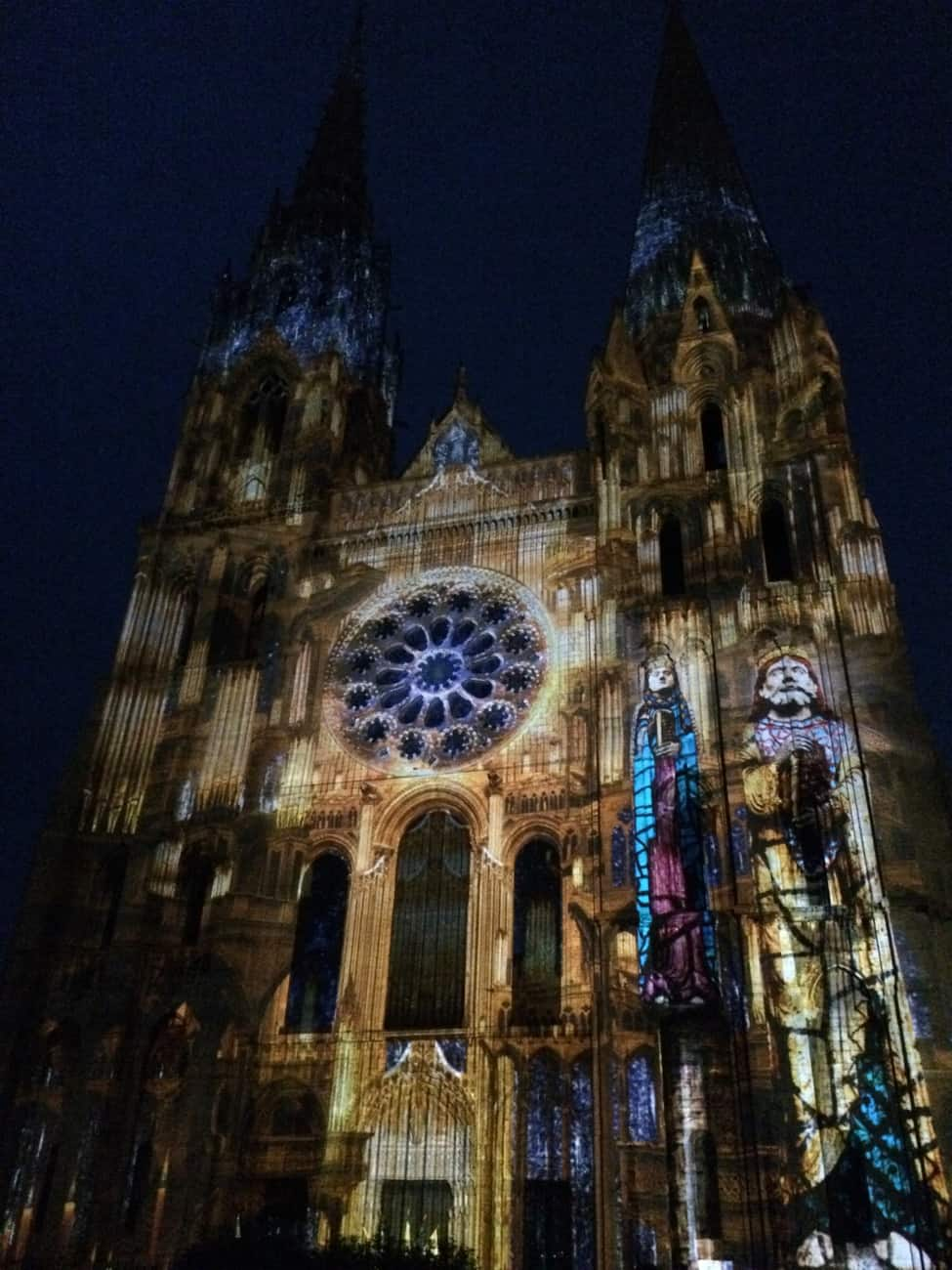 Chartres - cathedral in lights_2
