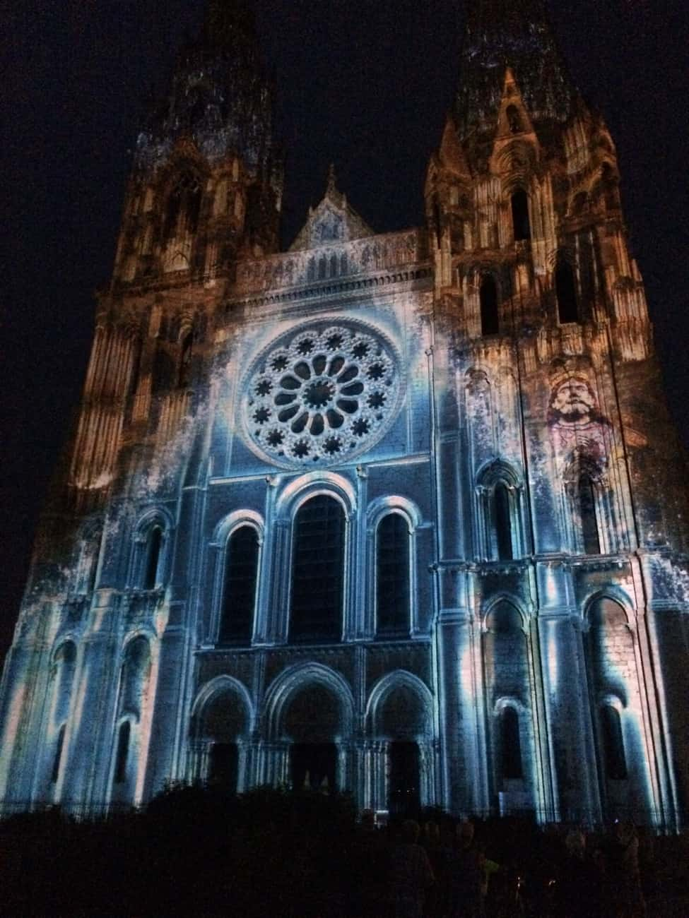 Chartres - cathedral in lights_1