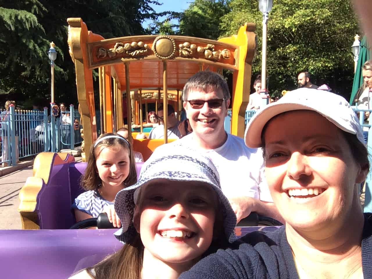Disney - Dumbo's circus train