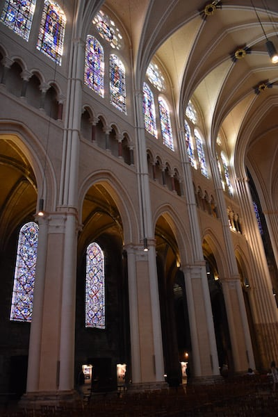 Chartres - cathedral interior_4
