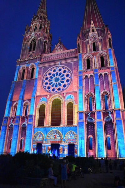 Chartres - cathedral in lights_6