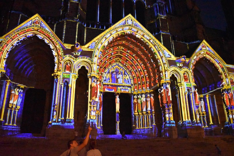 Chartres - cathedral in lights_5