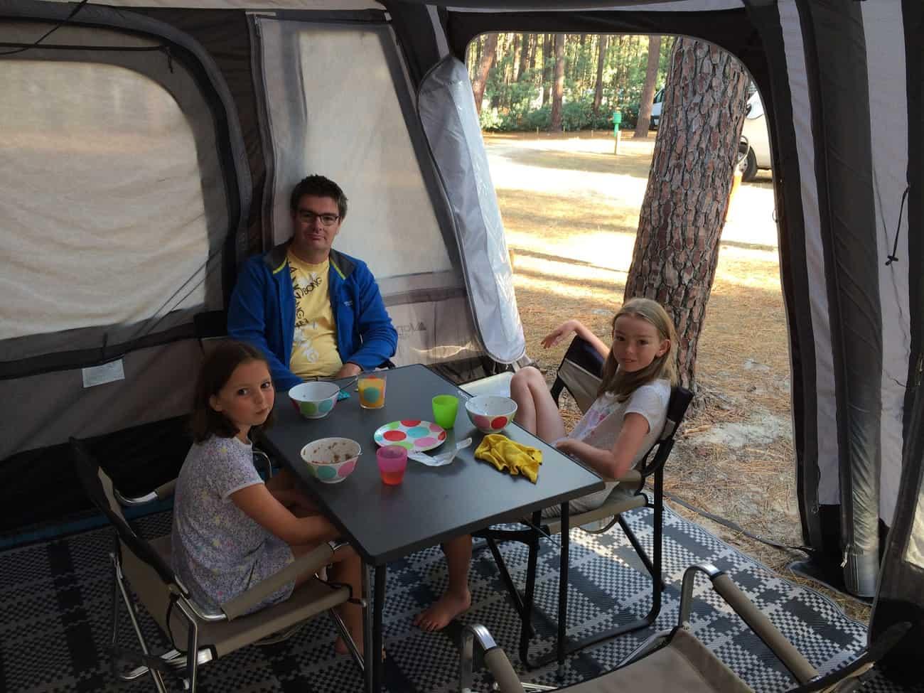 Caravan - awning_2