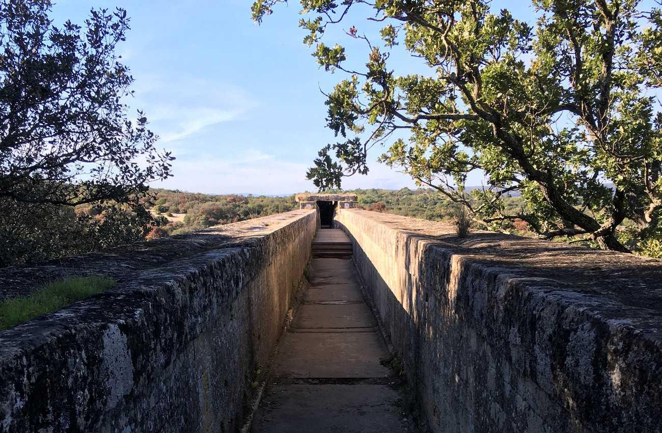Pont du Gard - water channel