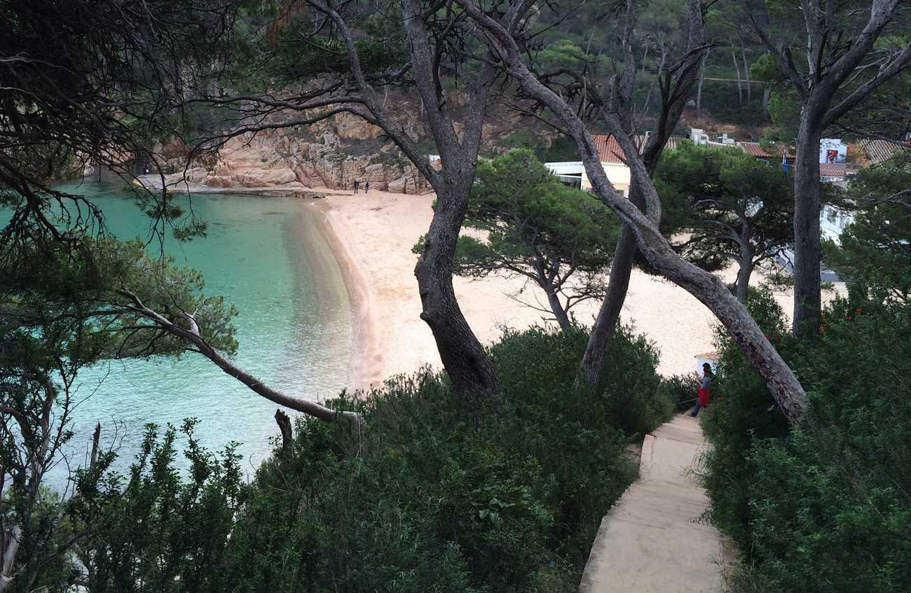 Cami de Ronda - steps down to Aiguablava beach