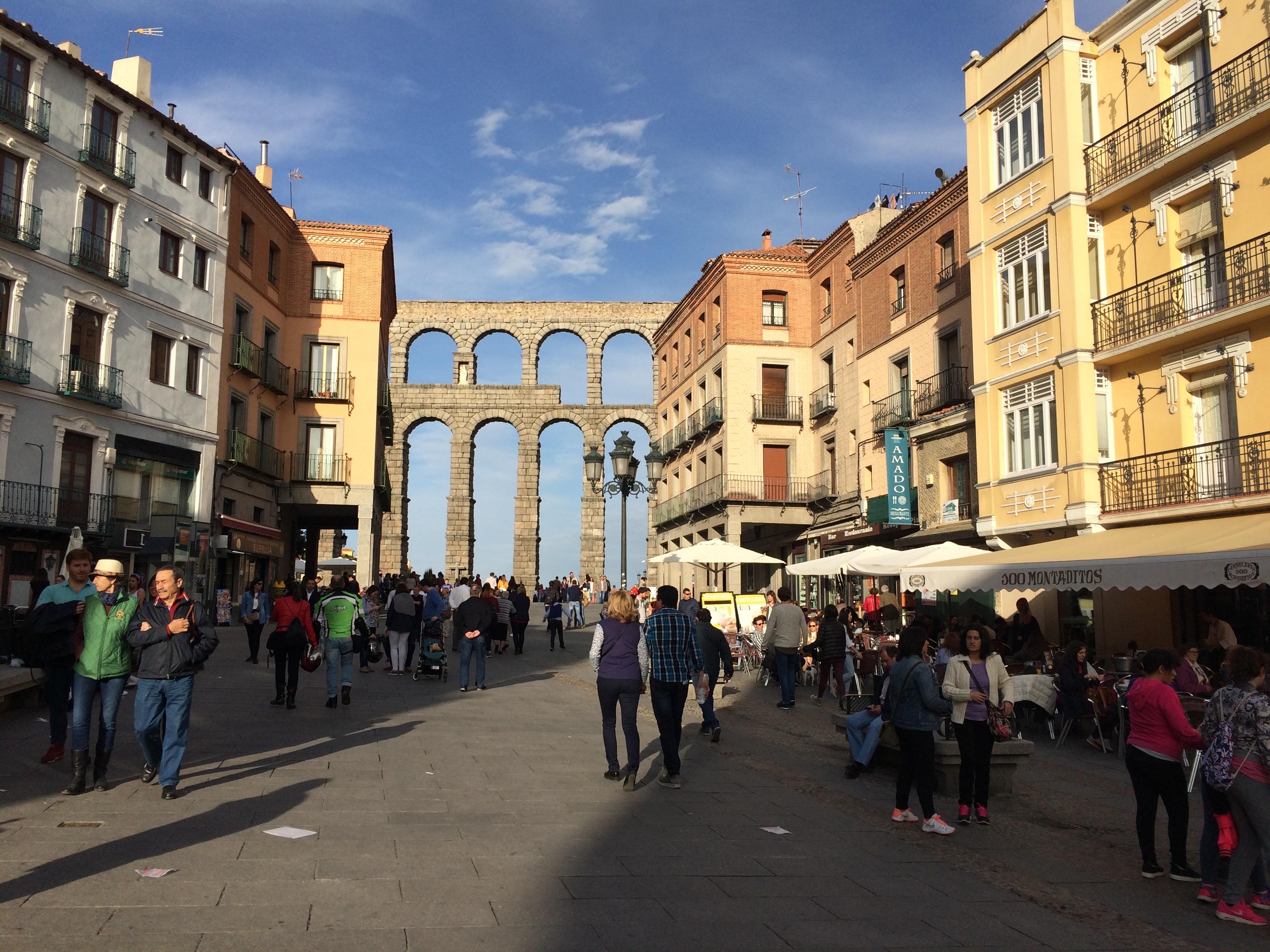 Segovia aqueduct centre of town