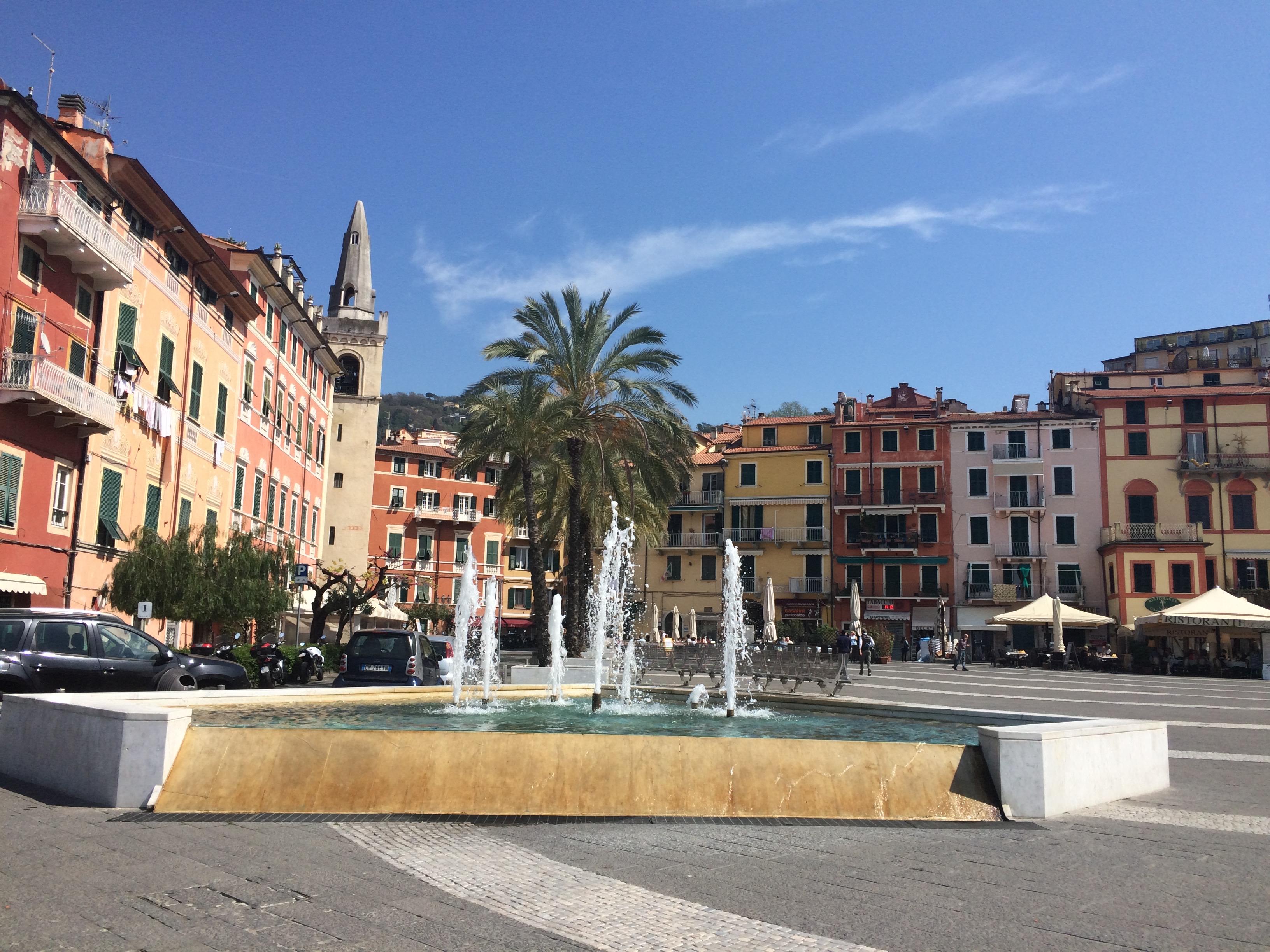 Liguria - Lerici Piazza Giuseppe Garibaldi