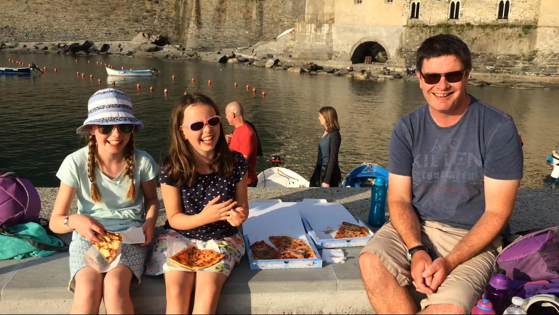 Cinque Terre Pizza in Vernazza
