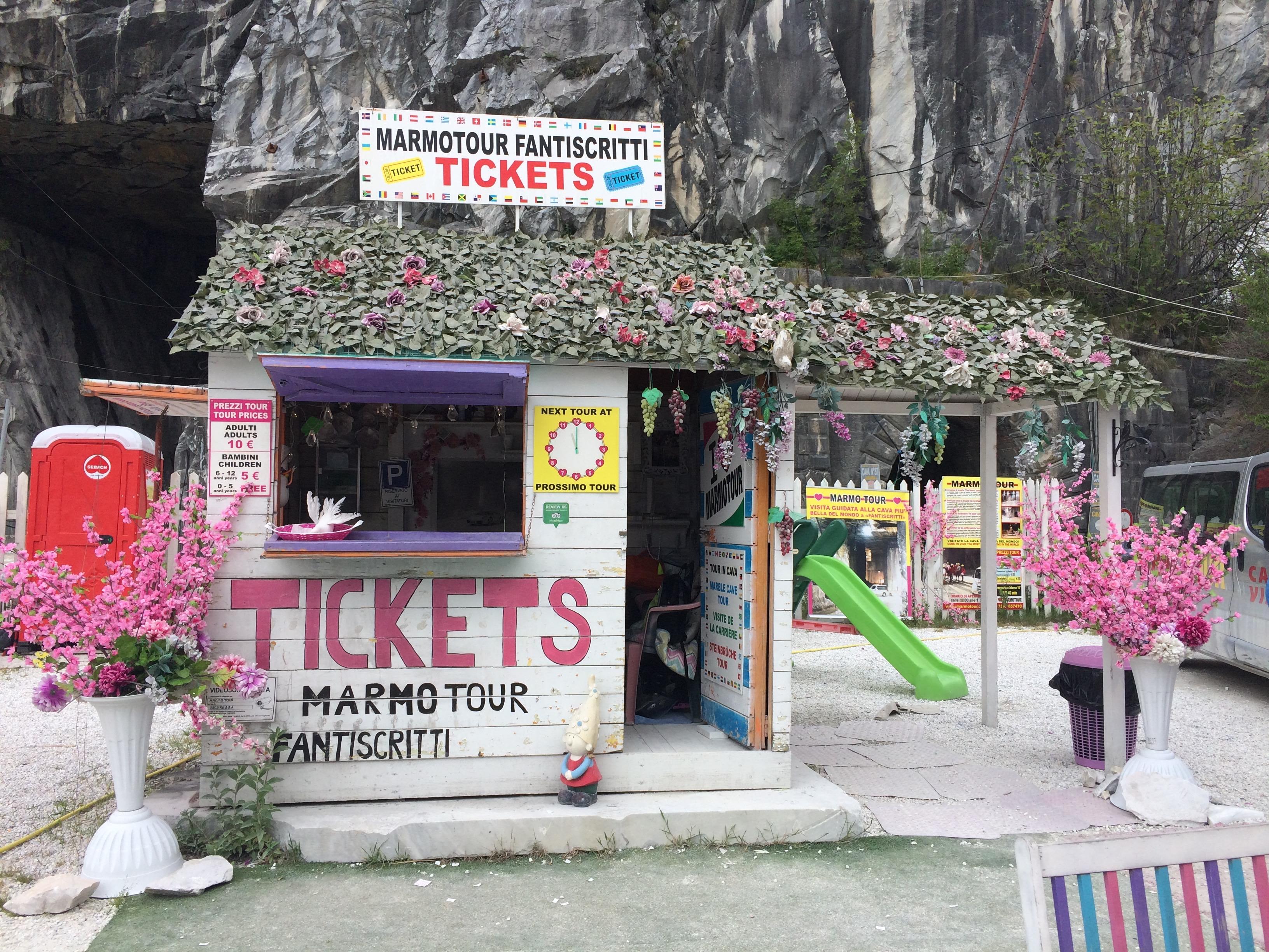 Carrara Marble Quarries Marmo Tour office Fantiscritti