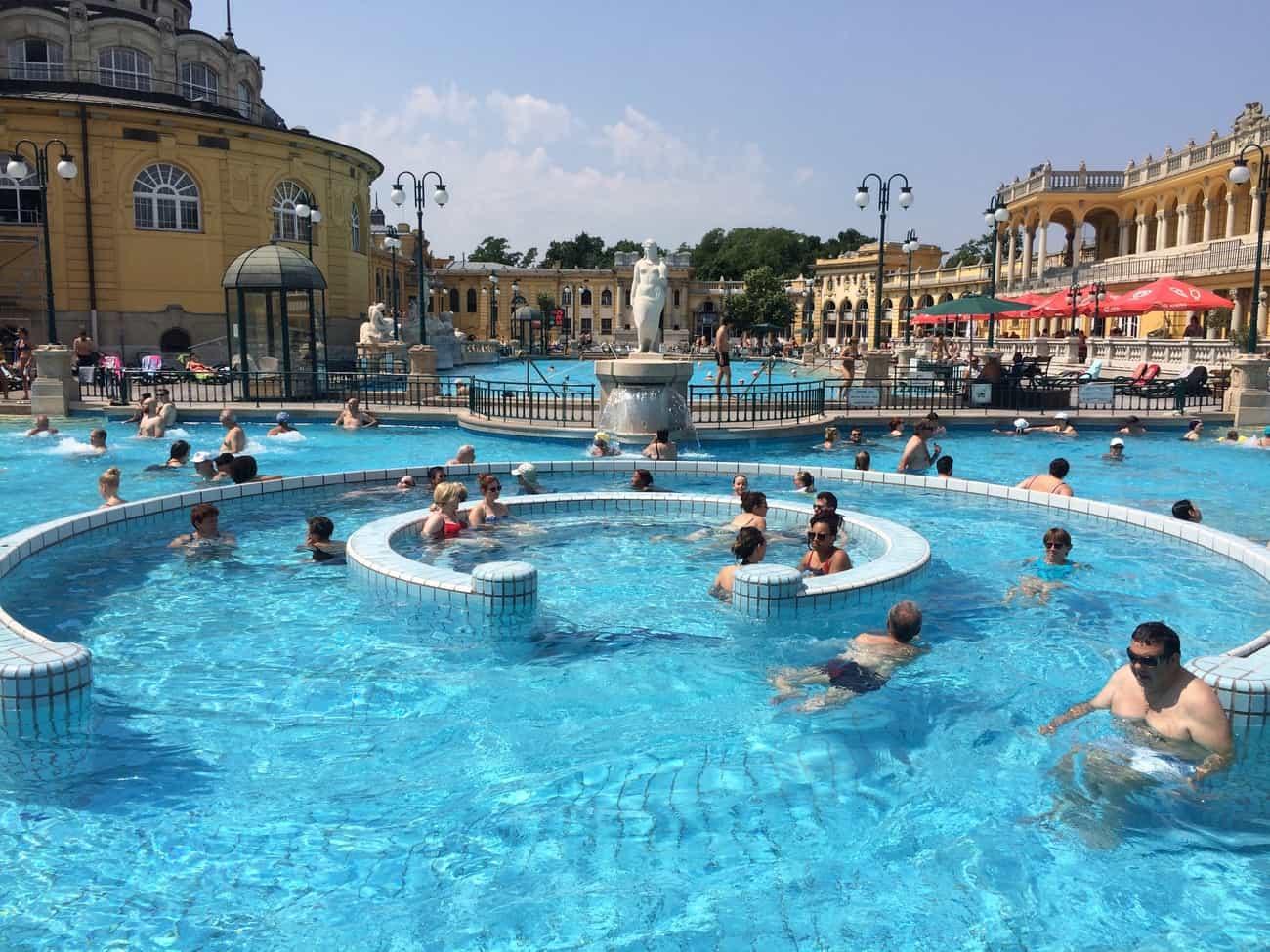 Budapest Széchenyi Baths whirl pool